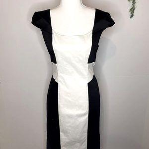 Jacqui E Fitted Black White Cap sleeve dress Sz 12
